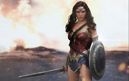 Le point Goodies: Wonder Woman par Hot Toys