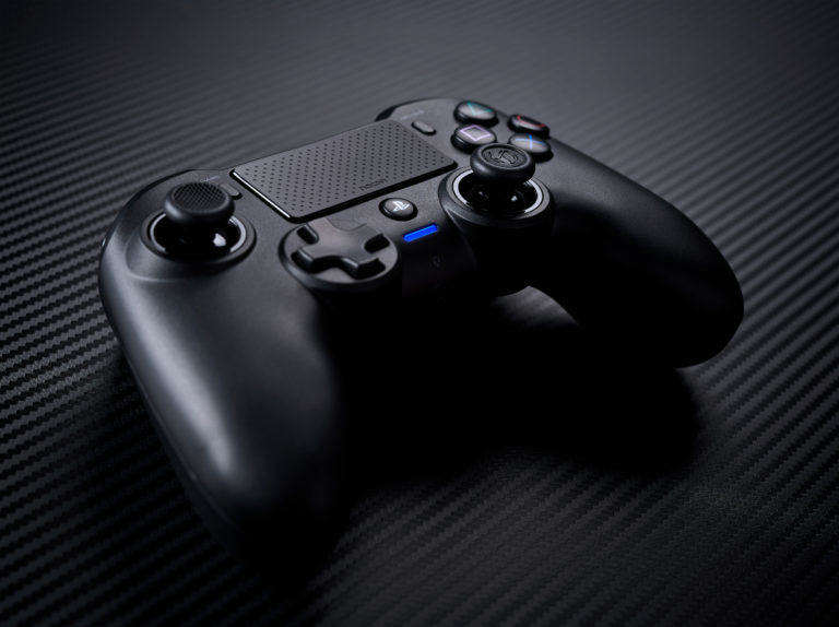 Test Manette Asymmetric Wireless Controller de chez Nacon